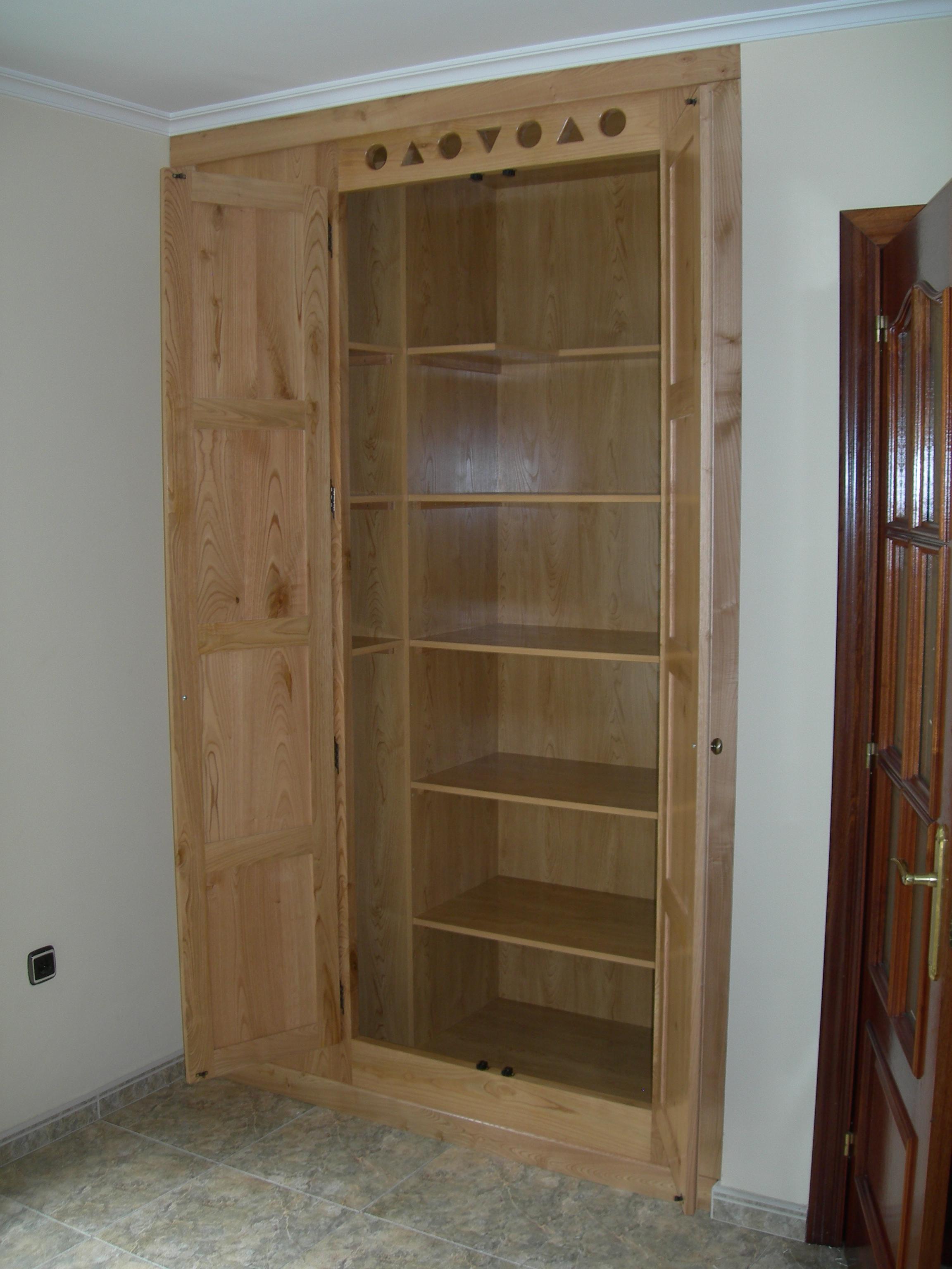 Mueble de cocina carpinter a ebanister a bra a for Muebles para despensa cocina